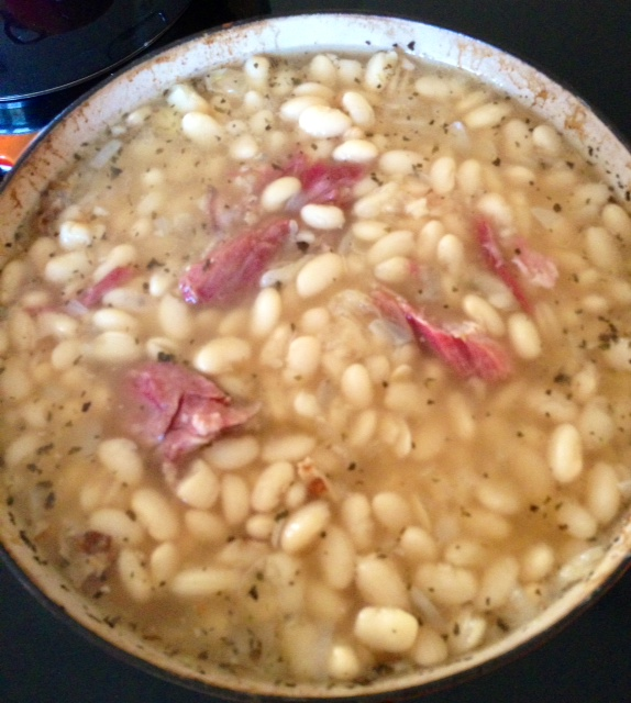 Navy Bean Soup | `•. .•´ A Book of Days`•. .•´